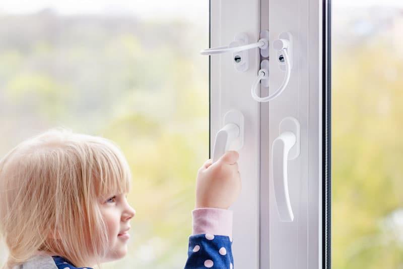 Kindersicherung Fenster